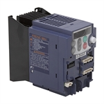 1 HP FUJI FRN0.75C1S-7QK 240 VAC 1PH to 3PH Out Variable Frequency Drive