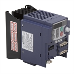 1 HP FUJI FRN0.75C1S-7QB2 240 VAC 1PH to 3PH Out Variable Frequency Drive